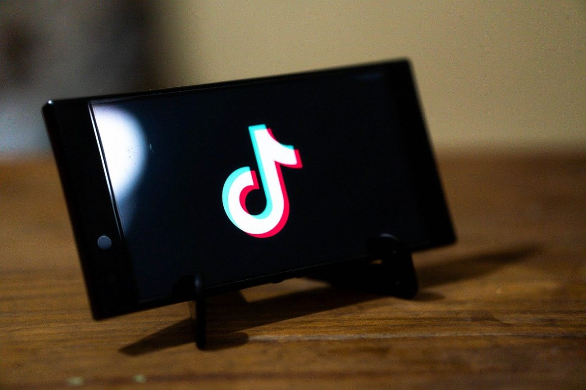 TikTok changes default privacy setting for users ages 13-15 to private